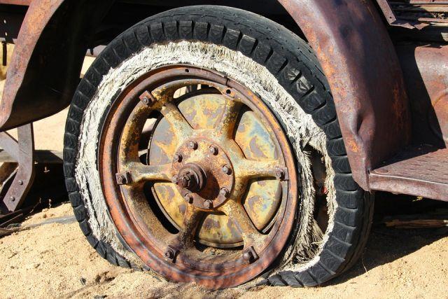 pneu très usagé